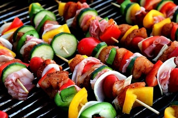Hassle-Free Birthday Food Ideas for Adults: Backyard BBQ Themed Birthday Bash